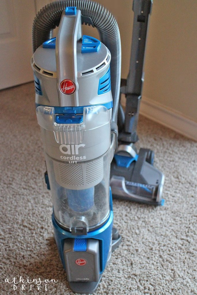 No Cord, No Bull: Why the Hoover Air Cordless Lift is the Best Vacuum I've Ever Used! Plus, get my DIY Carpet Refresher recipe to make your house smell like a dream every time you clean! /// by Atkinson Drive