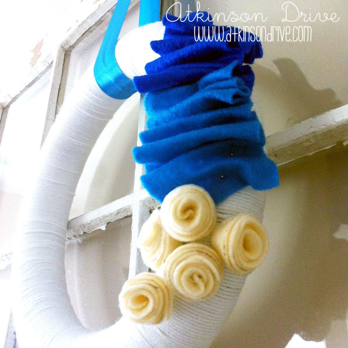 Summertime Yarn Wreath DIY