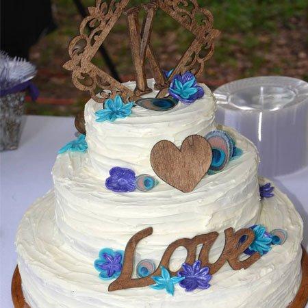 Rustic Wedding Cake | Atkinson Drive