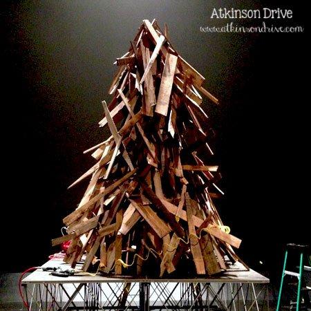 Wood Scrap Christmas Tree | Atkinson Drive